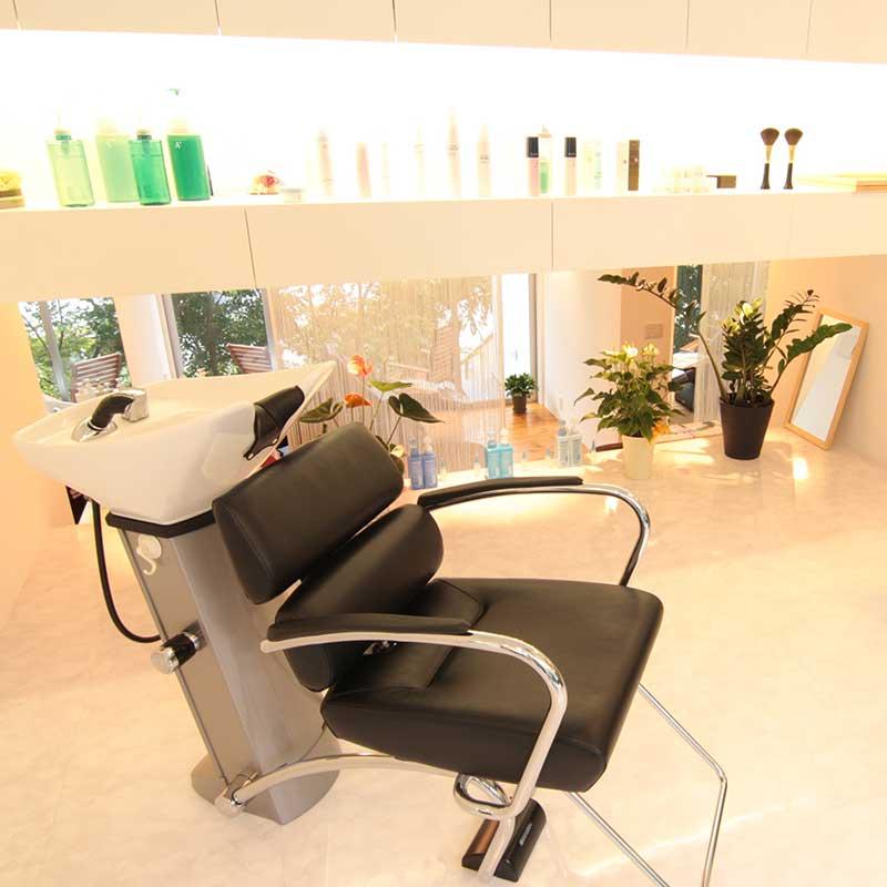 白楽の美容院ブリアンス 店舗イメージその2 シャンプー台